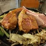 ジンギスカン専門店 羊狼館 - Tボーンステーキ1,300円&ラムチョップ800円