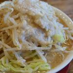 麺とび六方 - 並 野菜・脂多め