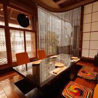 伝統美感じる掘りごたつの完全個室