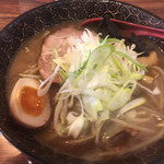 麺屋 しん - 焦がし醤油  780円
