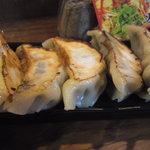 火鍋麺  - 焼き餃子600円(2011/12)