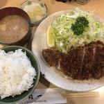 106330449 - ロースカツ定食1200円