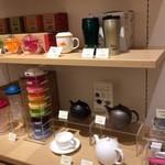 ルピシア - その他写真:茶器もあり
