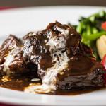 イタリアンレストラン アランチーニ 桜上水 - 牛ロース赤ワイン煮込み