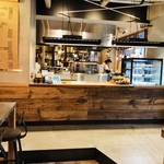 egg baby cafe - シンプル・モダンな快適カフェ