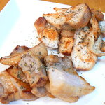10635474 - 燻製 鶏もも肉とベーコン