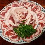 登里昭 - 料理写真:猪肉はロースとバラの2種
