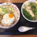 ミスサイゴンベトナム料理店 - 料理写真:フォーと焼きめし