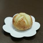kitchen俊貴 - 2019年4月再訪:ガーリックトースト☆