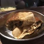 青空食堂 - 今日の麻婆巾着(羊とヨーグルトの出汁、三元豚、せせり、鯛とハマチと鶏の三連星白湯、しめじ、豆腐)