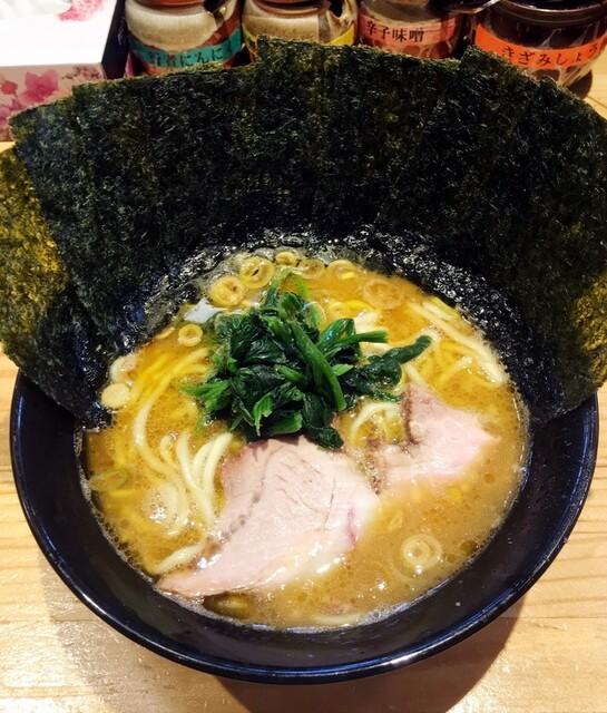 横横家 仙台店 - ラーメン680円麺硬め。海苔増し100円。