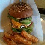ビッグスマイル - ハンバーガー