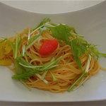 アクアリウム - 明太子と水菜のパスタ:サラダ+スープ付=¥824(税別)
