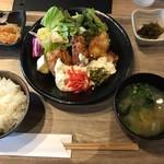 Hakatajidorisemmonryourifukueikumiai - 敢えてトライしたチキン南蛮定食