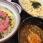 満月 - 料理写真:ネギトロ丼とつけ麺のランチセット ¥990税込