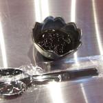 茶來茶 - 出来上がるまでの待ち時間にサービスしてくれた炊き立ての黒糖タピオカ