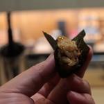 味あら井 - ズワイ蟹、雲丹、クエの海苔巻き