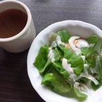串酒場 ピザ酒場 おれんじ - ランチセット サラダとスープ