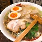 らーめん中々 - 料理写真:◆塩らーめん 700円 ◆煮玉子 100円 ◆ワンタン 200円