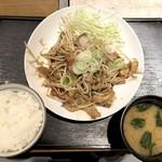 おきばり屋 - 生姜焼き定食(648円)+豚W(216円)