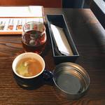 KICKS - ランチにつくフリーウーロン茶とフリースープ