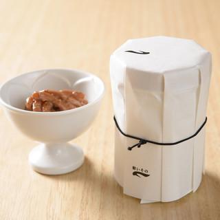 お鮨と好相性な日本酒は、全国から上質なものを厳選してご用意