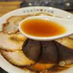 かみなり中華そば店 - チャーシューワンタンメン(スープ)