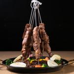 炭火焼きステーキ 肉押し - ステーキタワー