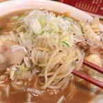 まると - 肉野菜味噌の麺