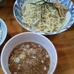 家家家 - つけ麺+サービスライス
