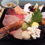 106422989 - 海鮮丼