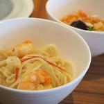 南国酒家&ナチュラル - 海老たっぷり 宗田節香る白湯麺