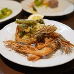ルチェンテ クチーナ イタリアーナ - ガサエビと山菜のフリット