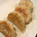 二代目TATSU - 肉汁アンビリバボー餃子