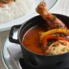 Cuillere - 料理写真:骨付き鶏モモ肉バスク風チキンカレー