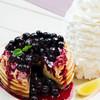 エッグスンシングス - 料理写真:★期間限定★ブルーベリーレアチーズパンケーキ 4/26〜5/31