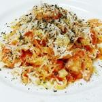 てんしの森 - 料理写真:ぷりぷり海老のトマトソースパスタ