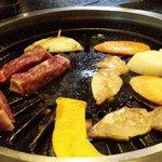 どんどこ湯 レストラン - うまい焼肉