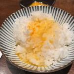 106464958 - 卵かけご飯