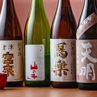 福島の地酒置いてます◎ビールからワインまで豊富なラインナップ
