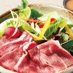 茨城野菜と常陸牛の冷しゃぶサラダ