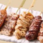 おすすめ五種串焼き(もも・砂肝・皮・豚・つくね)