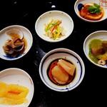 Chuugokusaishinka - 前菜6種盛