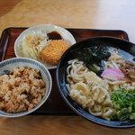 うどん華 - 料理写真:かしわめしうどん定食