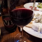 Berry's cafe - ワイン、チーズの盛り合わせもあります