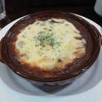 エンター珈琲 - チーズたっぷり焼きカレー音符 スープ、サラダつき 税込¥800なり!