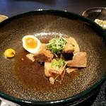 赤坂かこい 別邸 彩華 - 丼が大きすぎませんか?