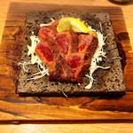 炙家きらく - イチボのステーキ