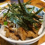 106497812 - ミニチャーシュー丼 - 海苔の質がいい!