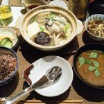 佐藤家の食卓 - 小鍋定食(牡蠣)